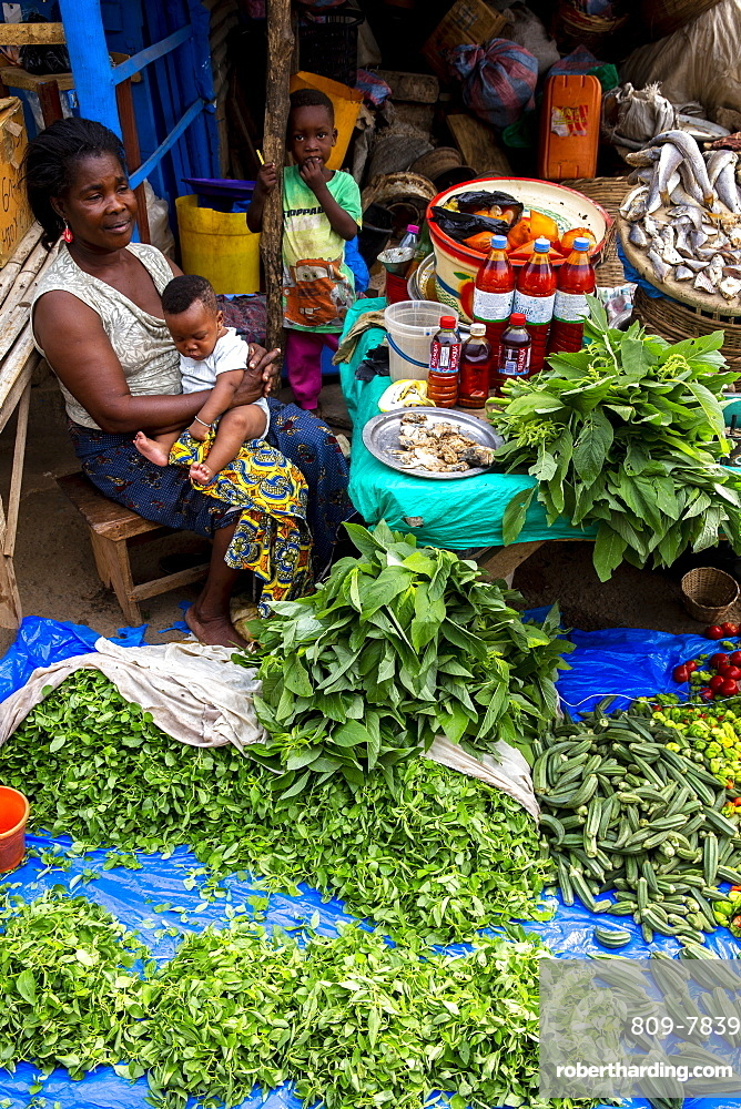 Woman selling vegetables at Kpalime market, Togo, West Africa, Africa