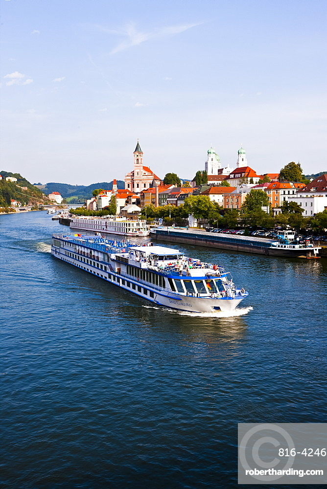 Cruise ship passing on the River Danube, Passau, Bavaria, Germany, Europe