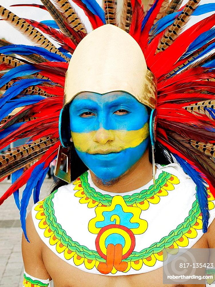 Conchero Aztec dancer, Ciudad de Mexico