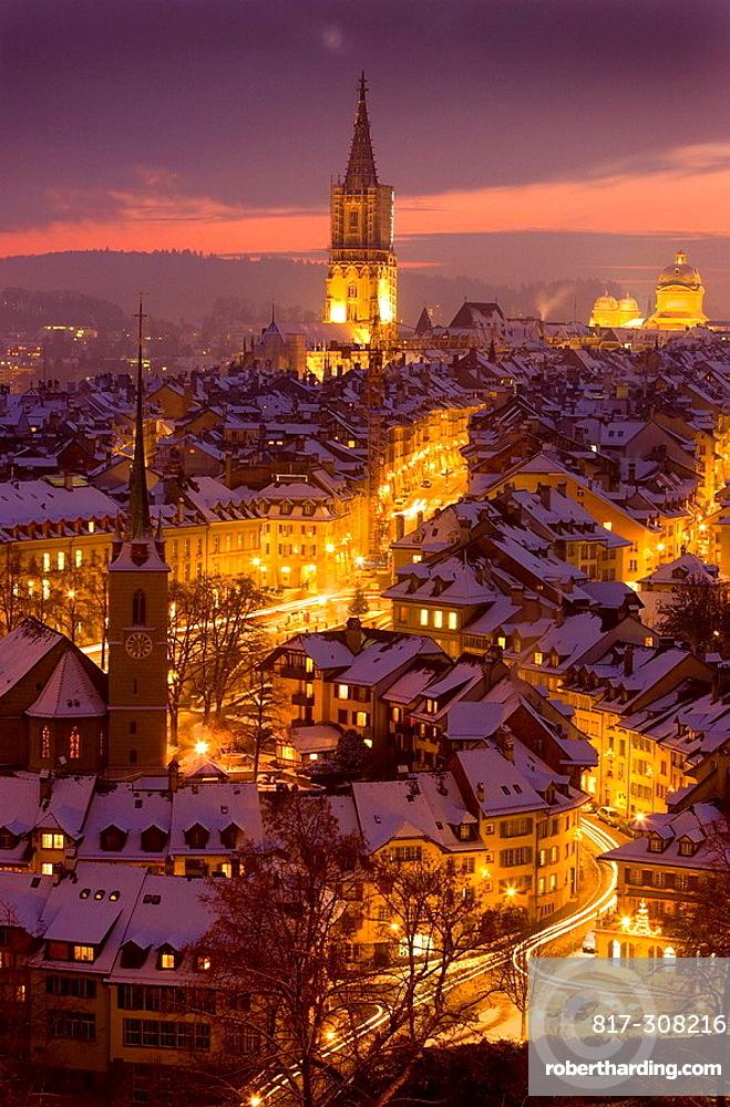 Bern bei Nacht im Winter. Bern bei Nacht im Winter