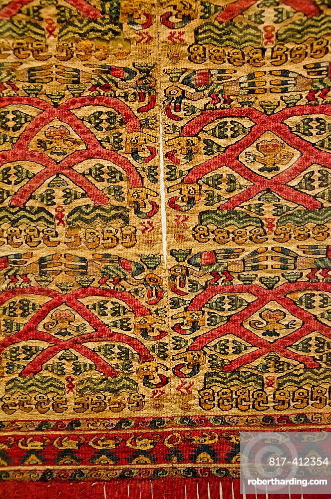 Wari textil Wari culture 500AC-1000AC Peru