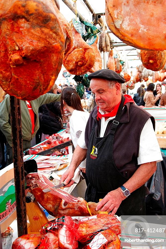 Ham, Shop assistance, Ham fair, Bayonne, Aquitaine, Pyrenees Atlantiques, France.