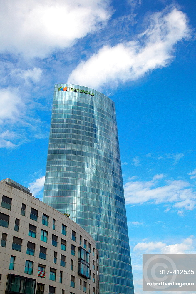 Iberdrola tower, Bilbo-Bilbao, Biscay, Basque Country, Spain.