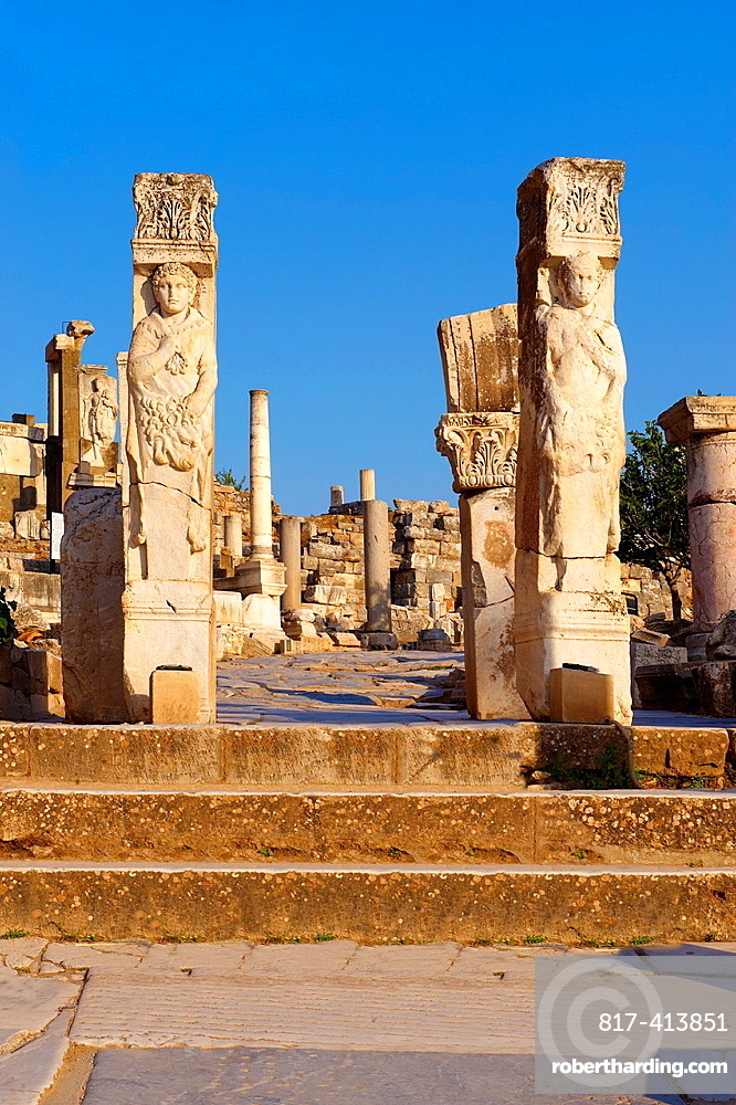 The Heracles Gate at the begining of Curetes Street, showing Heracles wrapped in a Nemea Lion skin Probably made in the 2nc century A D and moved to Ephesus in the 5th century A D Ephesus Archaeological Site, Anatolia, Turkey