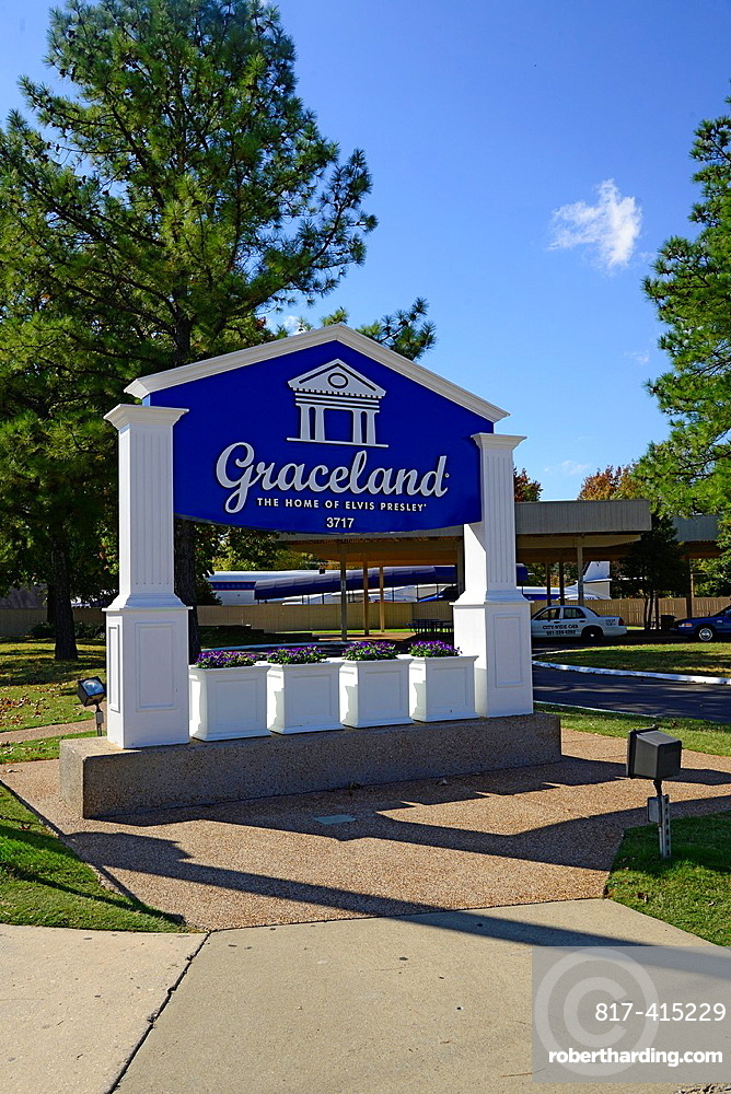 Graceland Museum Elvis Presley Mansion Memphis Tennessee TN