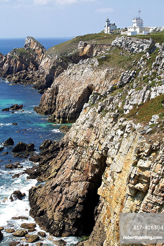 point of Toulinguet, Crozon peninsula, Finistere, Brittany, France