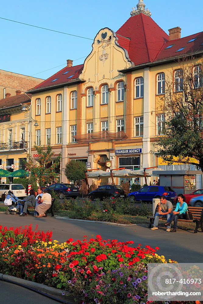 Romania, Targu Mures, Piata Trandafirilor, street scene,