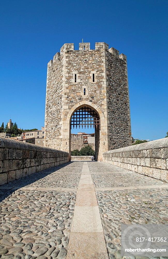 Besalu, Catalonia, Spain Medieval Tower In Ancient Bridge
