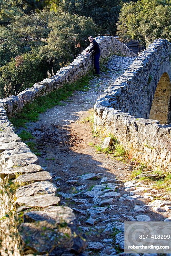 Bridge over Llierca River, 14th Century -, between Sadernes and Montagut villages, La Garrotxa, Girona, Spain