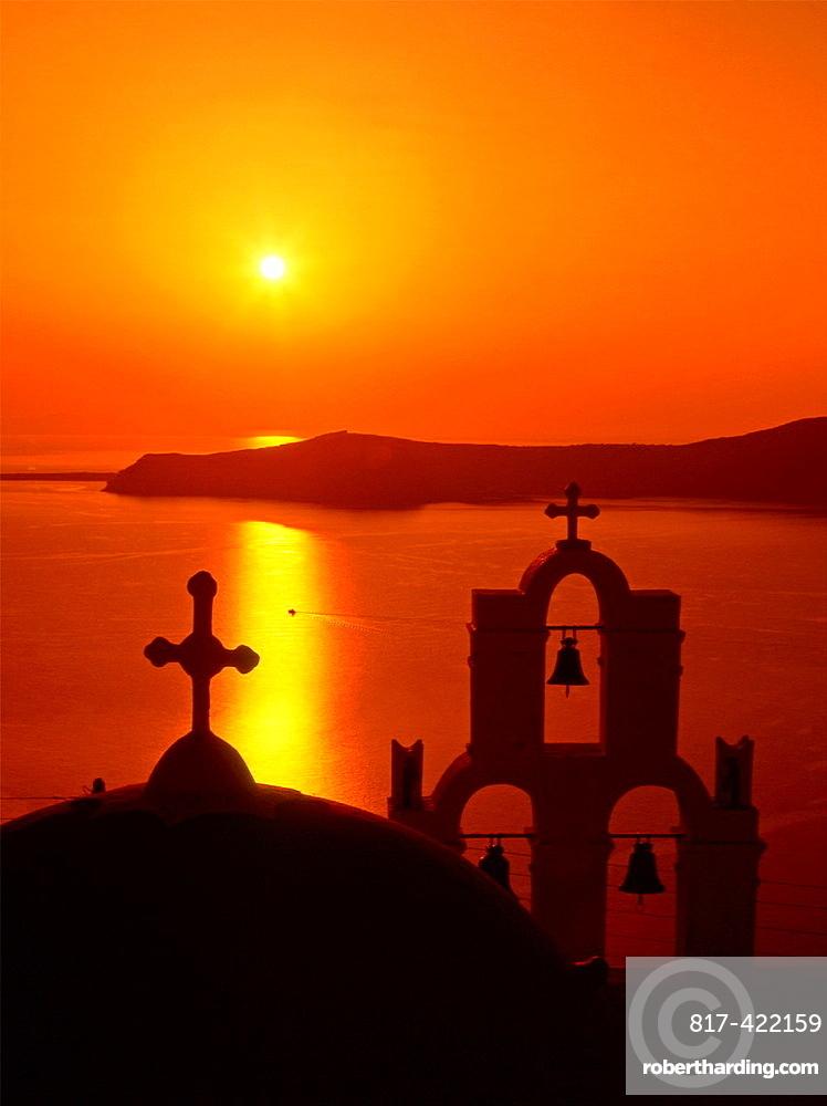Greece, Cyclades, Santorini, Thira, church, sunset