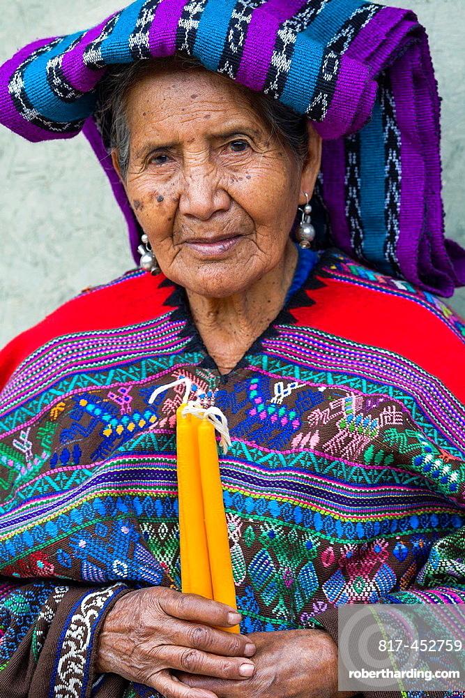 Maya woman, Poaquil, Guatemala
