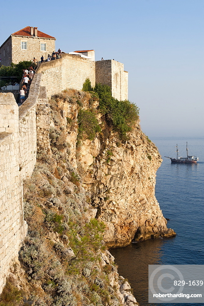 Part of the wall surrounding the old town of Dubrovnik, UNESCO World Heritage Site, Adriatic Coast, Croatia, Europe
