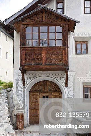 Historic house facade with woodcarving, Lower Engadine, Sent, Switzerland, Europe