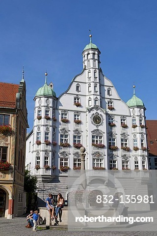 Town hall on the market place with fountain, Memmingen, Allgaeu, Bavaria, Germany, Europe