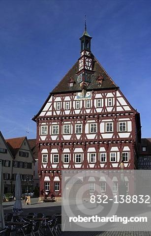 Town Hall, marketplace, Markgroeningen, Baden-Wuerttemberg, Germany, Europe