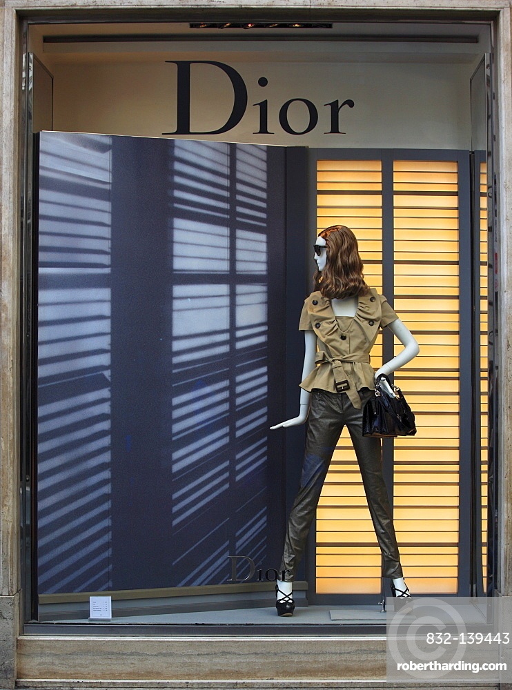 Fashion shop, Dior, Via Condotti, Rome, Italy, Europe