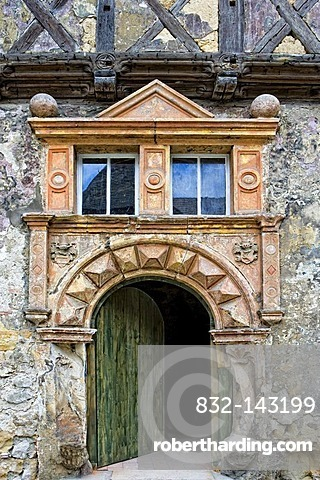 Renaissance door at the south wing of an ancient palace, estate, dated 1595, In der Word, Quedlinburg, Saxony-Anhalt, Germany, Europe