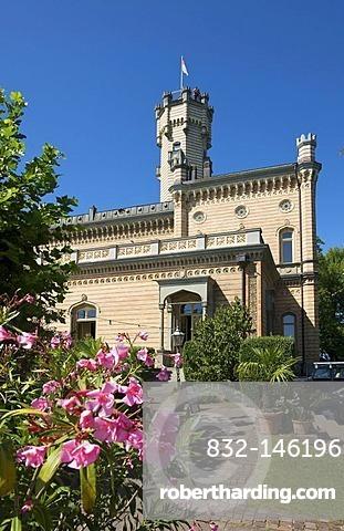 Schloss Montfort castle in Langenargen, Lake Constance, Baden-Wuerttemberg, Germany, Europe