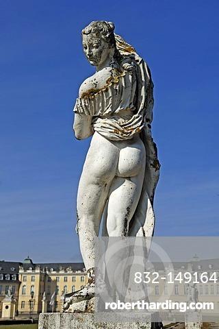 Venus Kallipygos, mythological sculpture by Ignaz Lengelacher, on the Schlossplatz, Karlsruhe, Baden-Wuerttemberg, Germany, Europe