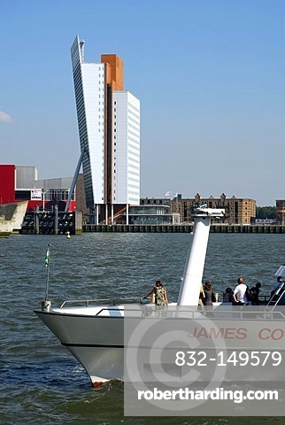 Excursion boat on the Nieuwe Maas River, modern architecture at the Wilhelminapier at back, Rotterdam, Zuid-Holland, South-Holland, Netherlands, Europe