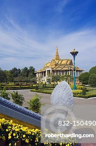 Dance pavilion, Royal Palace, Phnom Penh, Cambodia, Indochina, Southeast Asia, Asia
