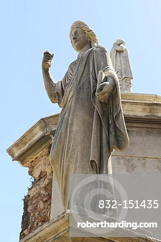 Statue, La Recoleta Cemetery in Buenos Aires, Argentina, South America