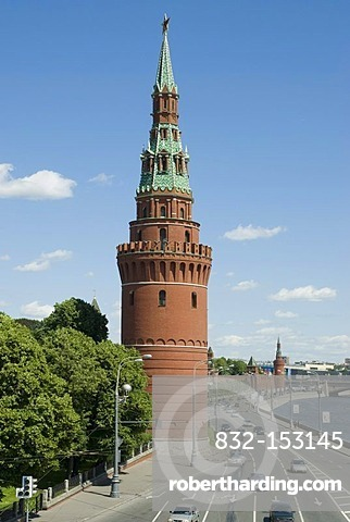 Kremliovskaya embankment and Moscow Kremlin Tower, Moscow, Russia
