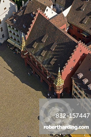 View from the Muenster cathedral on the Muenstermarktplatz square and the historic department store, Freiburg, Baden-Wuerttemberg, Germany, Europe