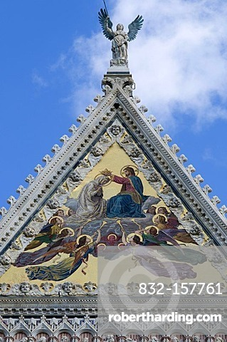 Facade on the Duomo Santa Maria Assunta Cathedral, Siena, Unesco World Heritage Site, Tuscany, Italy, Europe