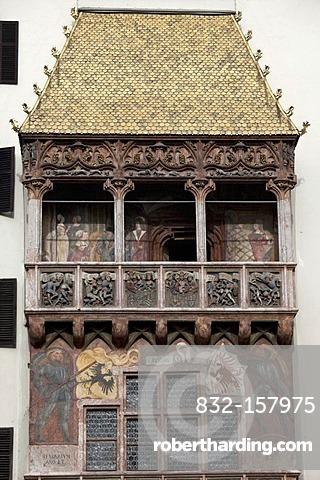 Golden roof, landmark, Neuhof, historic centre, provincial capital Innsbruck, Tyrol, Austria, Europe