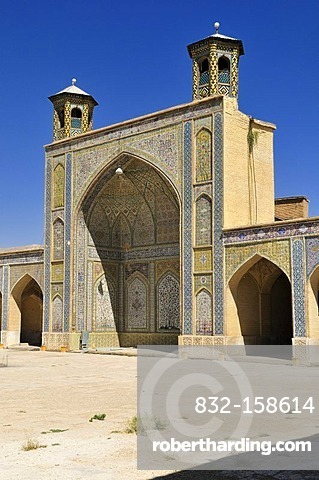 Entrance Iwan of the historic Vakil Mosque, Shiraz, Fars, Persia, Iran, Asia