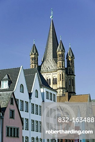 Gross Sankt Martin Church in the historic centre of Cologne, North Rhine-Westphalia, Germany, Europe