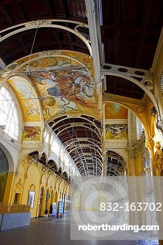 Cast-iron colonnade, wintery, Marianske Lazne, Czech Republic, Europe
