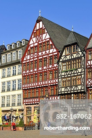 Reconstructed historic half-timbered buildings, Roemerberg square or Samstagsberg square, Frankfurt am Main, Hesse, Germany, Europe