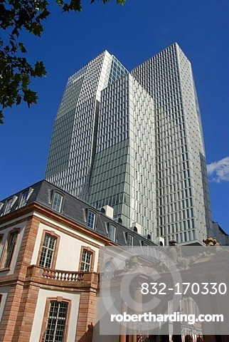 Tradition and modernity, portal, recently renovated Palais Thurn & Taxis, office tower, PalaisQuartier, downtown, Frankfurt am Main, Hesse, Germany, Europe