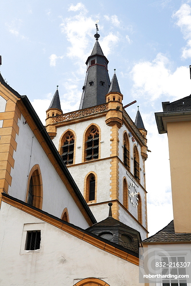 View of the Church of St. Gangolf at the main market in Trier, Rhineland-Palatinate, Germany, Europe