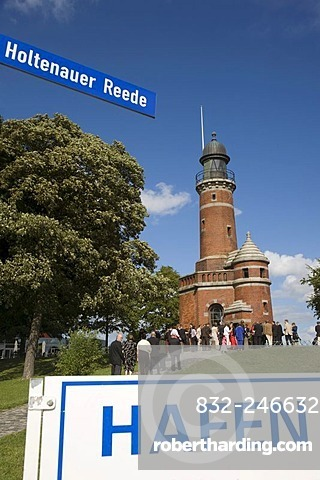 Wedding party at a wedding in the Holtenauer Leuchtturm or Lighthouse, Kiel, Schleswig-Holstein, Germany, Europe