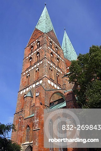 Twin towers of the St. Marien Church in the historic cityof Luebeck, UNESCO World Heritage Site, Schleswig-Holstein, Germany, Europe