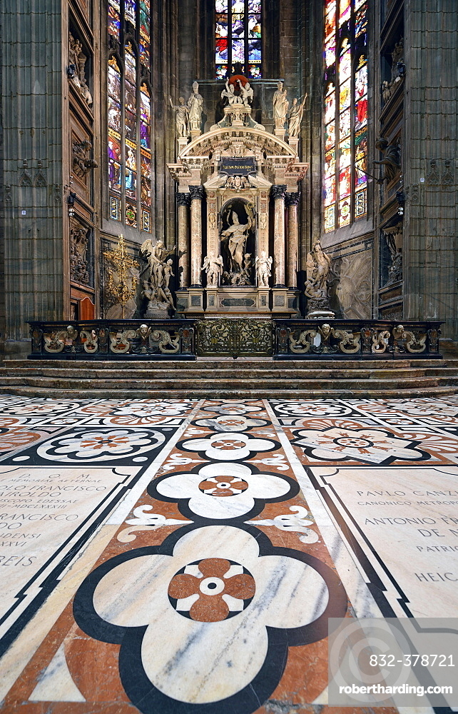 Altar, floor mosaic, Milan Cathedral, Milan, Lombardy, Italy, Europe