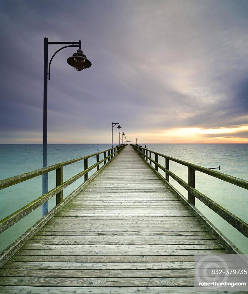 Pier on the beach, Seebad Gohren, Rugen, Mecklenburg-Western Pomerania, Germany, Europe