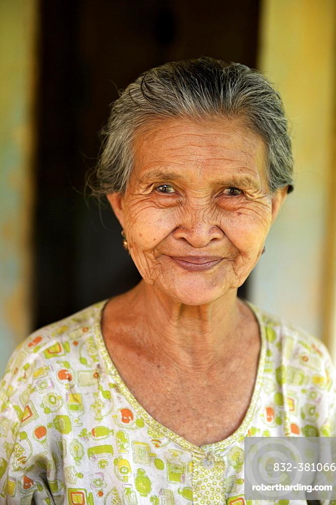 Elderly woman, portrait, Simeulue, Indonesia, Asia