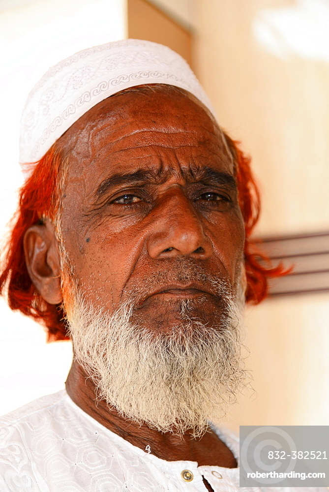 Mature Indian man, portrait, Mumbai, Maharashtra, India, Asia
