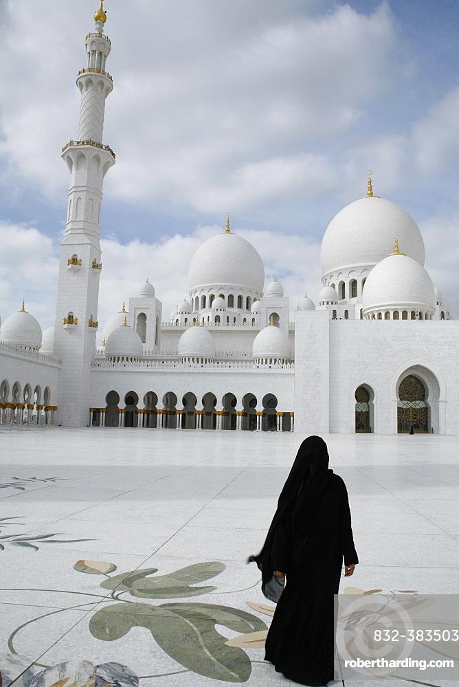 Sheikh Zayed Mosque, Abu Dhabi, Emirate of Abu Dhabi, United Arab Emirates, Asia