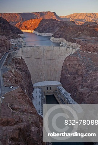 The Hoover Dam and Lake Mead; the white ring around the shoreline shows the declining water level, Boulder City, Nevada, USA