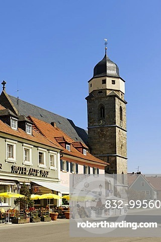 Market square with the parish church of St. Martin, Weismain on Weismain, Upper Franconia, Franconia, Bavaria, Germany, Europe