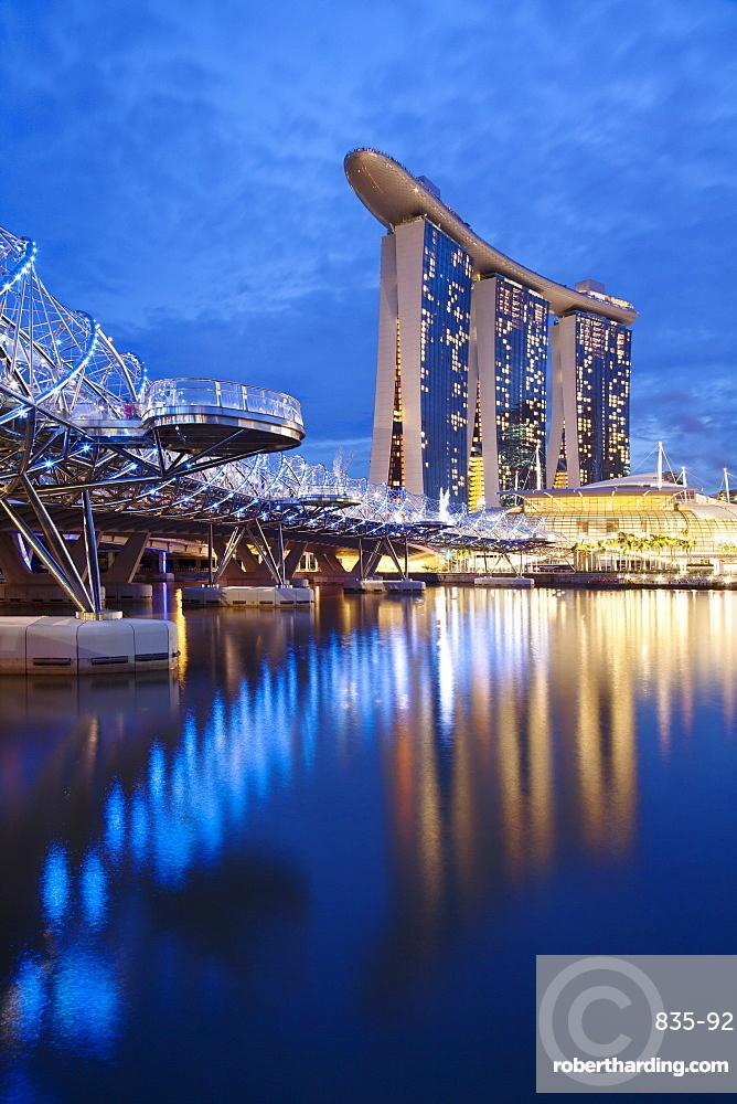 Marina Bay Sands Hotel and the Helix bridge at dusk in Singapore, Southeast Asia, Asia