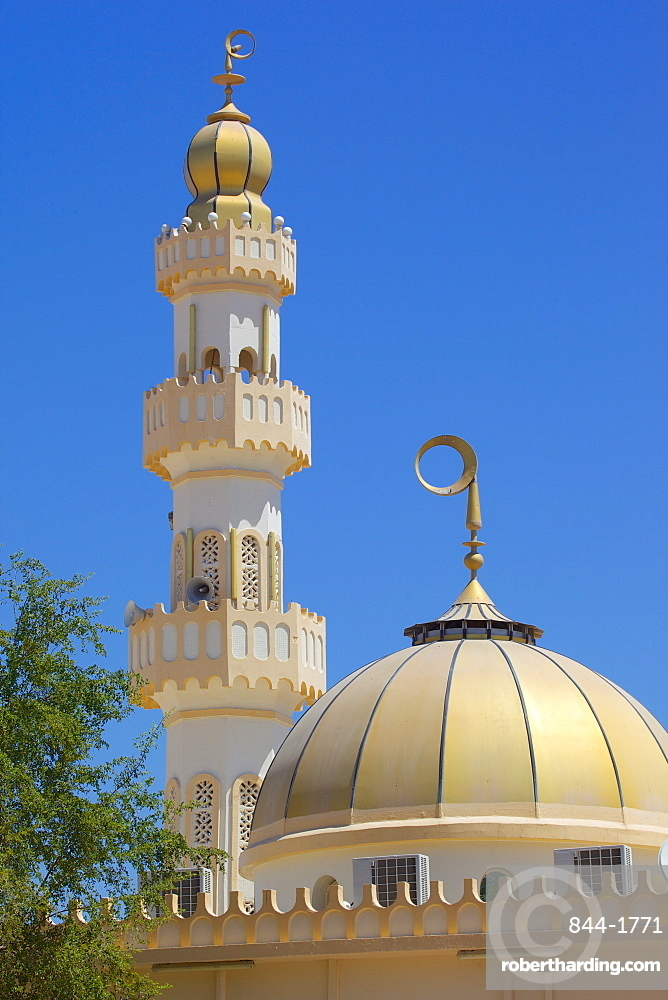 Mosque at Central Market, Al Ain, Abu Dhabi, United Arab Emirates, Middle East