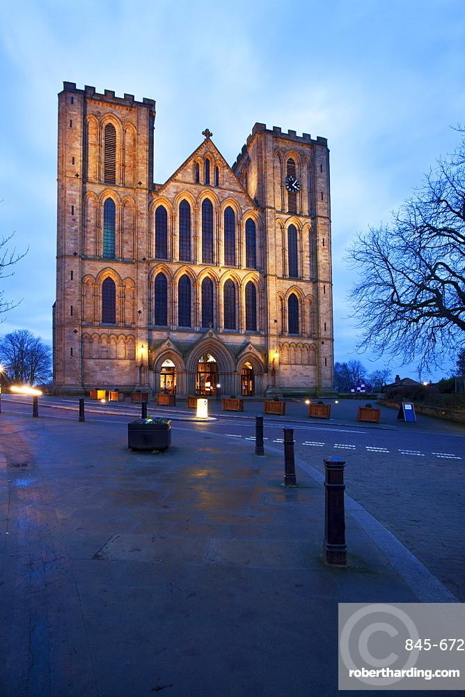 Ripon Cathedral at dusk, Ripon, North Yorkshire, Yorkshire, England, United Kingdom, Europe