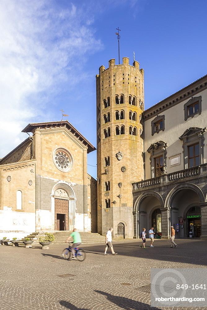 Chiesa San Andrea, Piazza della Repubblica, Orvieto, Umbria, Italy, Europe