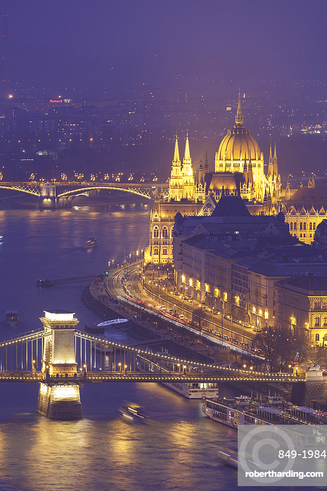 The Hungarian Parliament Building and Chain Bridge over the River Danube, UNESCO World Heritage Site, Budapest, Hungary, Europe